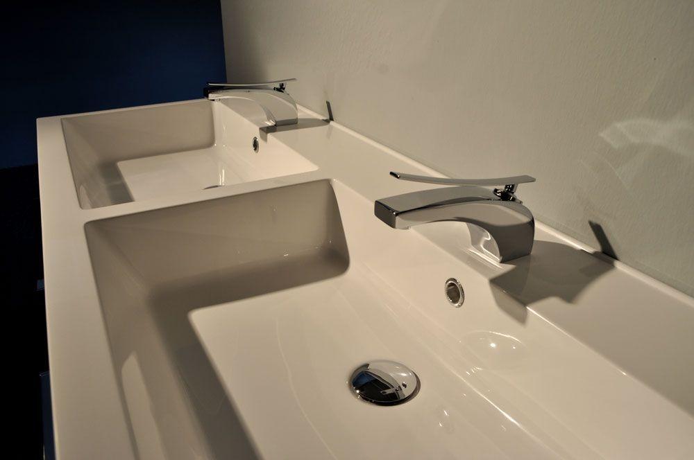 Showroombadkamers.nl dubbel hoogglans zwart badmeubel inc