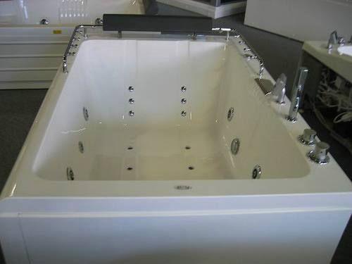 Showroom Badkamer Te Koop ~ Home > Whirlpool > 2 Persoons whirlpools > Whirlpool bad